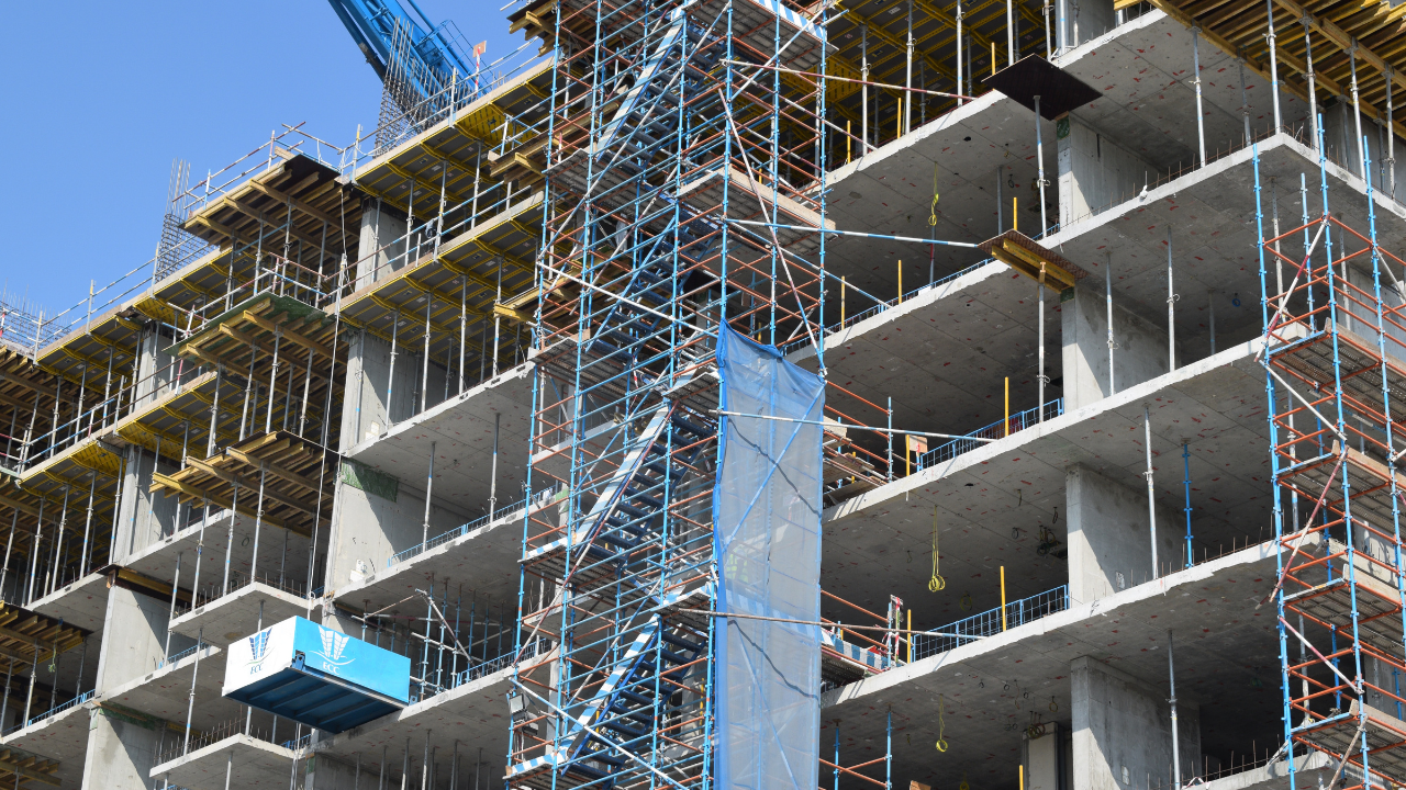 Overcome COVID-19 Challenges in Construction Industry with OpticVyu